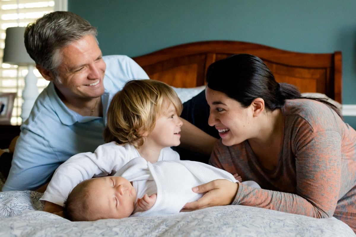 4 Ways to Make Your House Presentable to Prospective Buyers When You Have Young Children