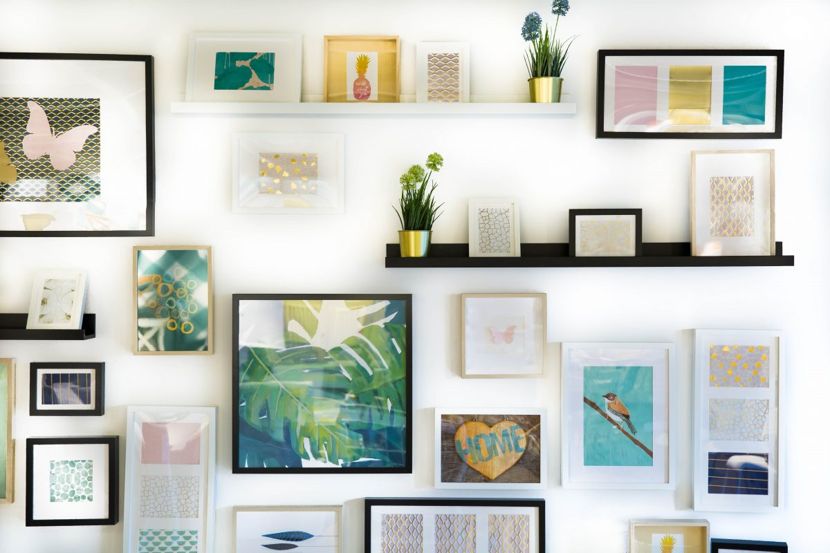 Three Interesting Ways to Decorate the Walls of Your Home