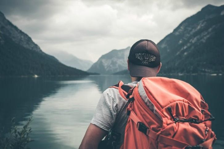 7 Tips to Prepare Your Teen for Their First Solo Travel
