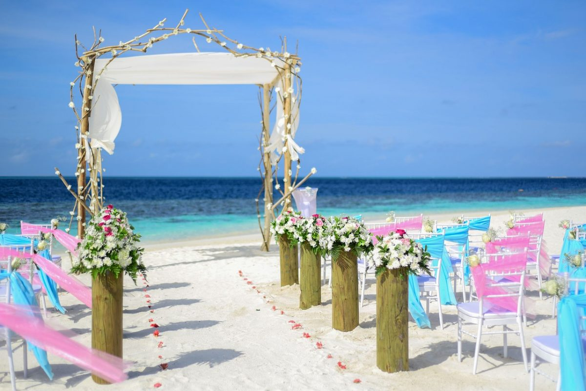 How to Throw a Destination Wedding that All Your Guests Will Love