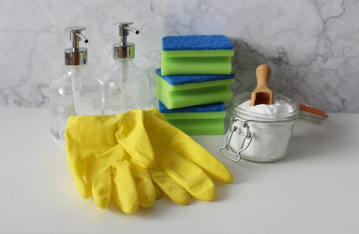 6 Clever House Cleaning Tips for Every Busy Mom