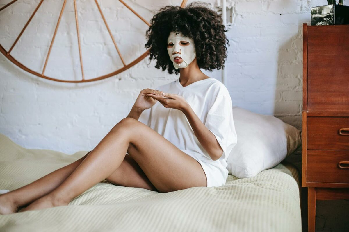 How to Use Bentonite Clay for Hair