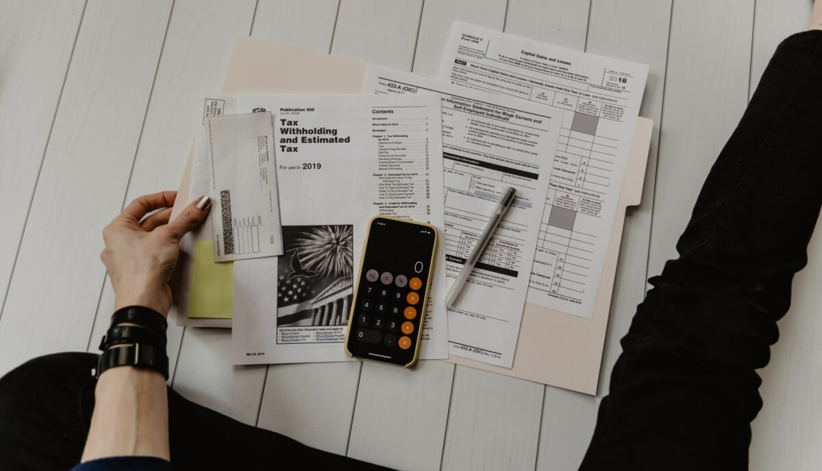Household Finances 101: How to Raise a Family on a Tight Budget